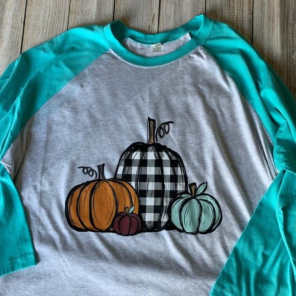 Next Level Apparel Tops - Plaid pumpkins on Raglan Tee